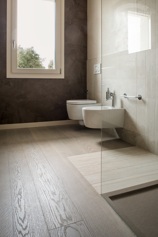 European Oak - Grey Sand - Brushed