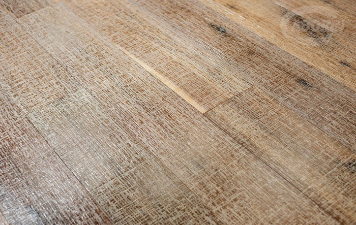 Cortec texture - American Walnut - with White Gold dust finishing
