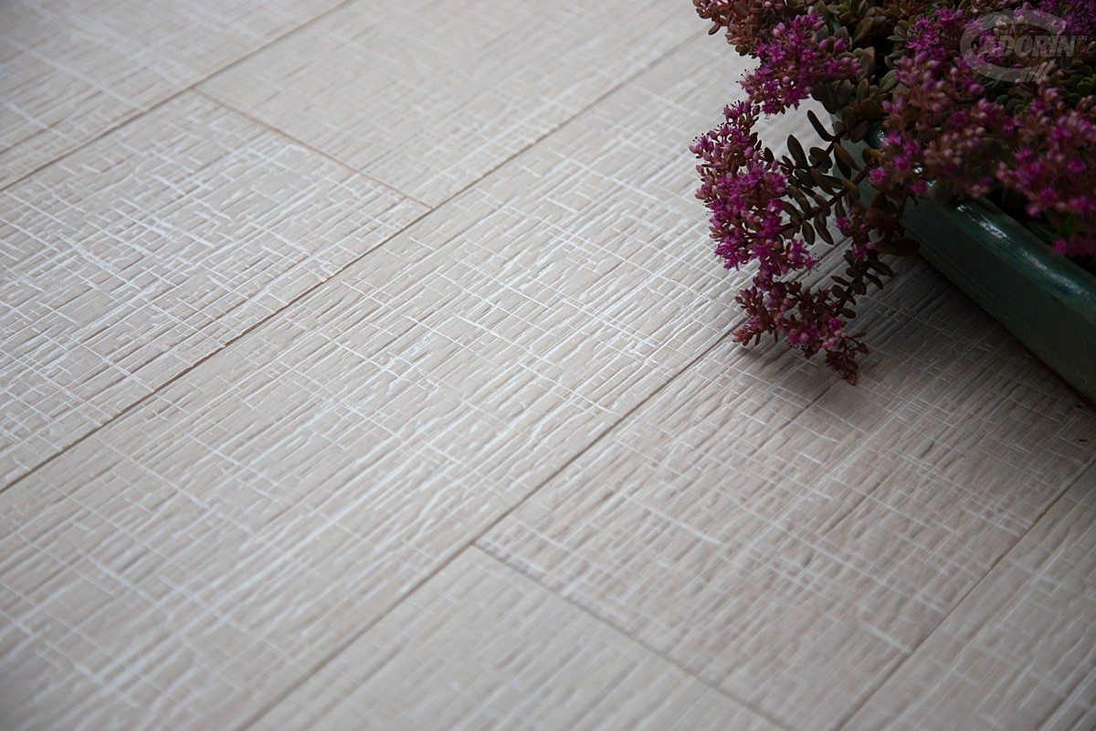 Cortec Oak – texture - White Milk varnished