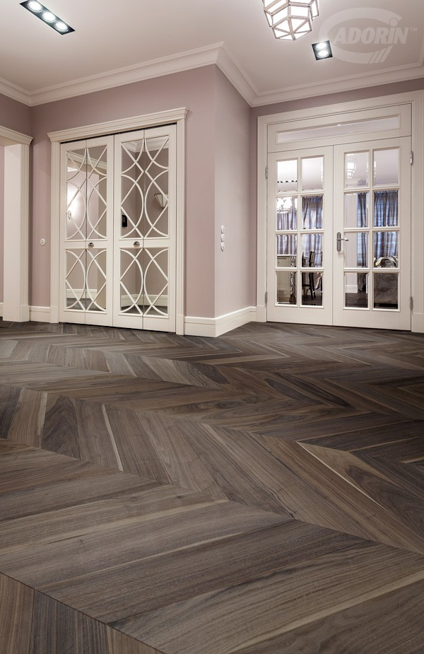 American Walnut Rough Effect - Brushed, chevron 45°