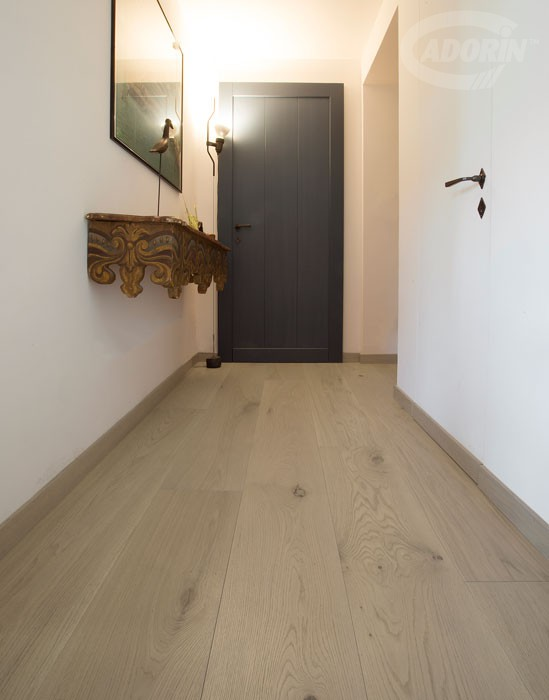 Contorta Quercus - Stone - Brushed