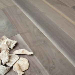 American Bark Walnut - Brushed