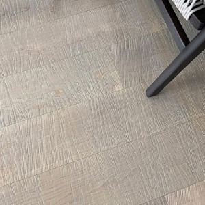 Sawn Hard maple Edelweiss Grey -