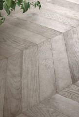Sandblasted Turtledove Oak - Chevron 60° -