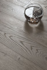 Sandblasted Quercus - Grey Sand varnished